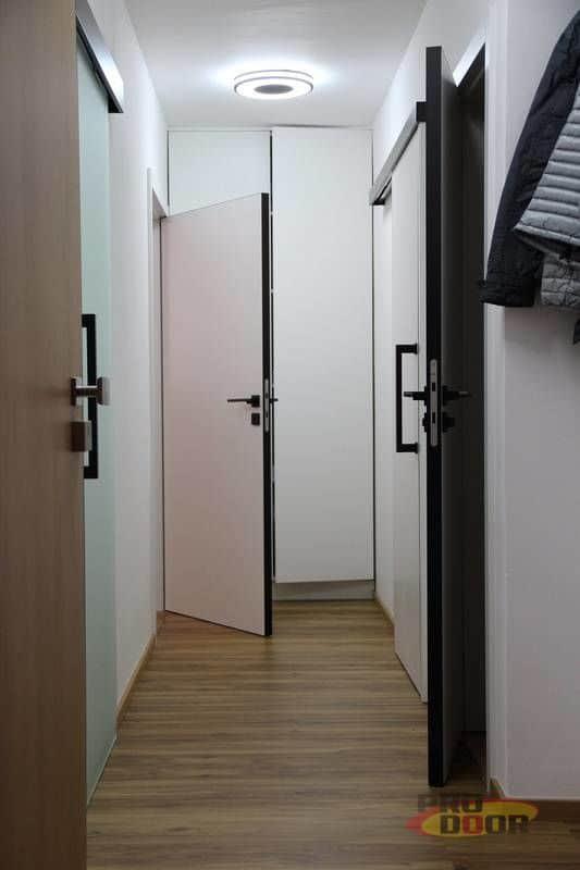 interierove dvere sapeli bile cerne doplnky elegant 3