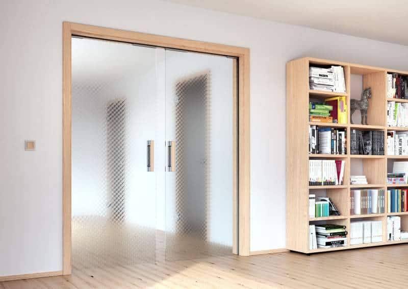 posuvne celosklenene dvere do pouzdra sapeli sapglass