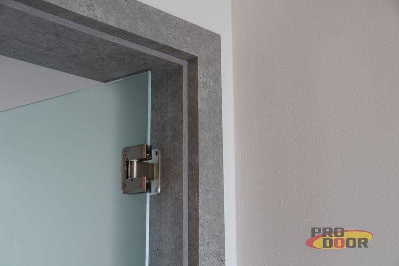 skleněné otočné dveře s obložkovou zárubní CPL beton litoměřice