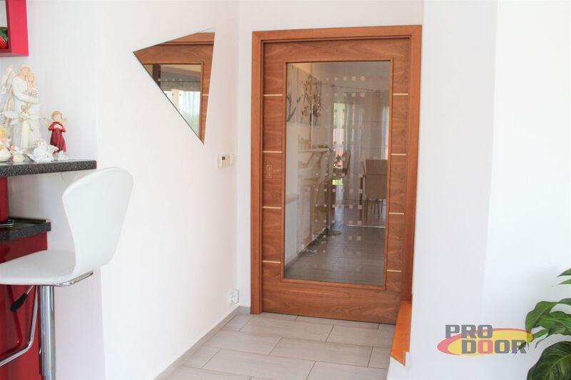 Prosklené dřevěné dveře a posuvné dveře do pouzdra Litoměřice Alegro