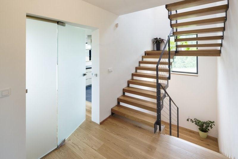 dvoukridle dvere bez oblozky