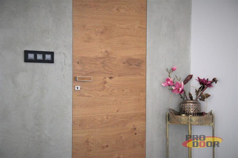dýhované interiérové dveře ve skryté zárubni teplice