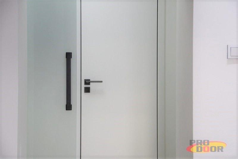 interierove dvere sapeli bile cerne doplnky elegant x