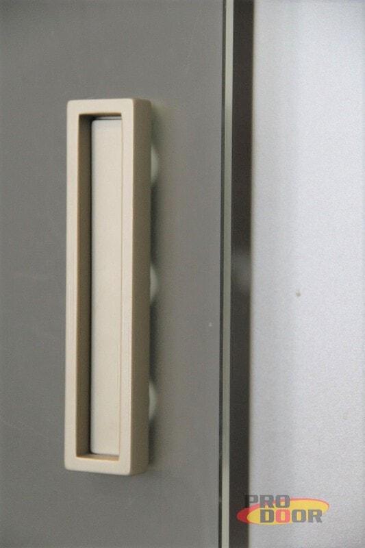 skleněné posuvné dveře na stěnu kadaň