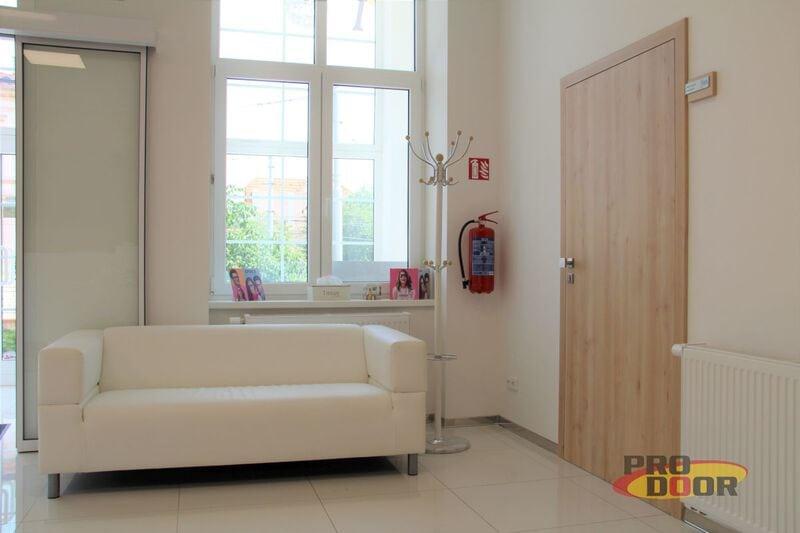 bezfalcové dveře a obložkové zárubně sapeli teplice